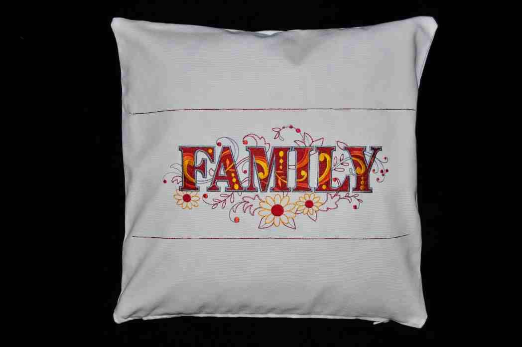 housse de Coussin Family, fabrication artisanale
