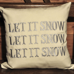 Housse de coussin Let it snow, fabrication artisanale
