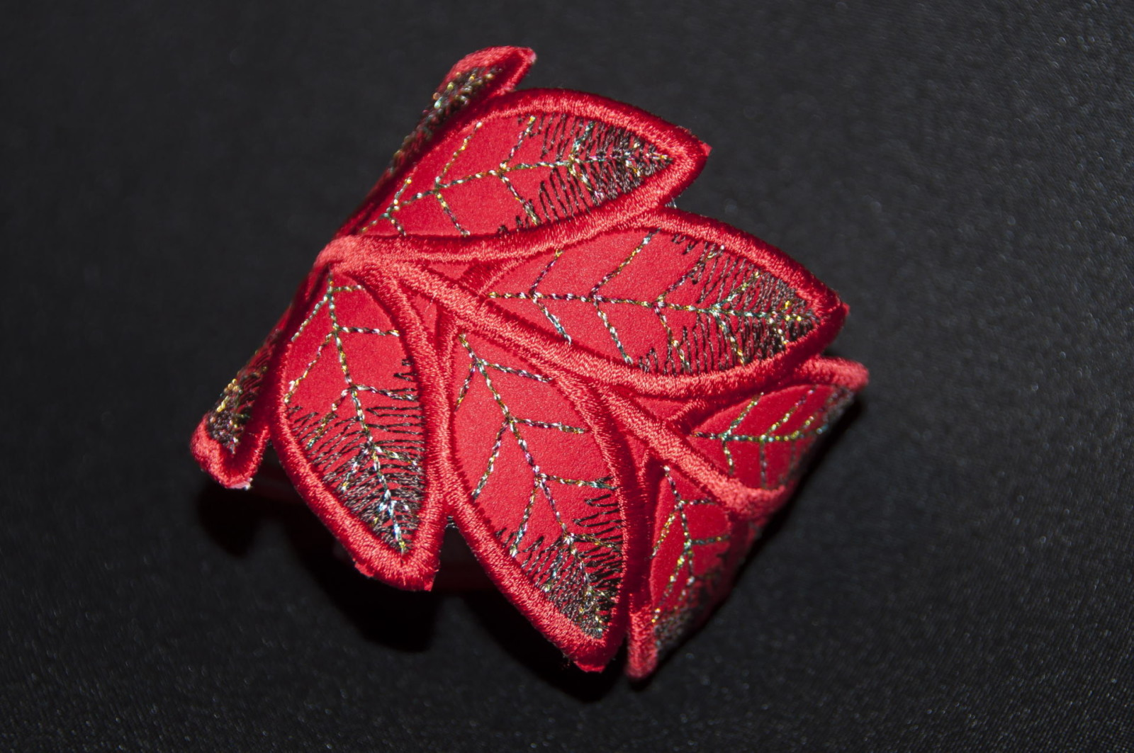 Bracelet feuille rouge, accessoire mode femme