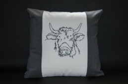 housse de coussin vache claudine gris, fabrication artisanale