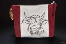 Pochette vache rouge, accessoire mode femme, trousse de toilette