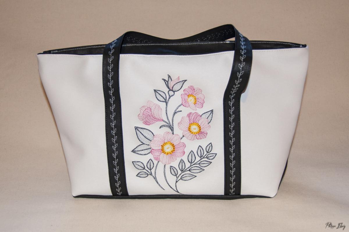 sac à main Renoncules Alprestre - Broderie artisanale Savoie