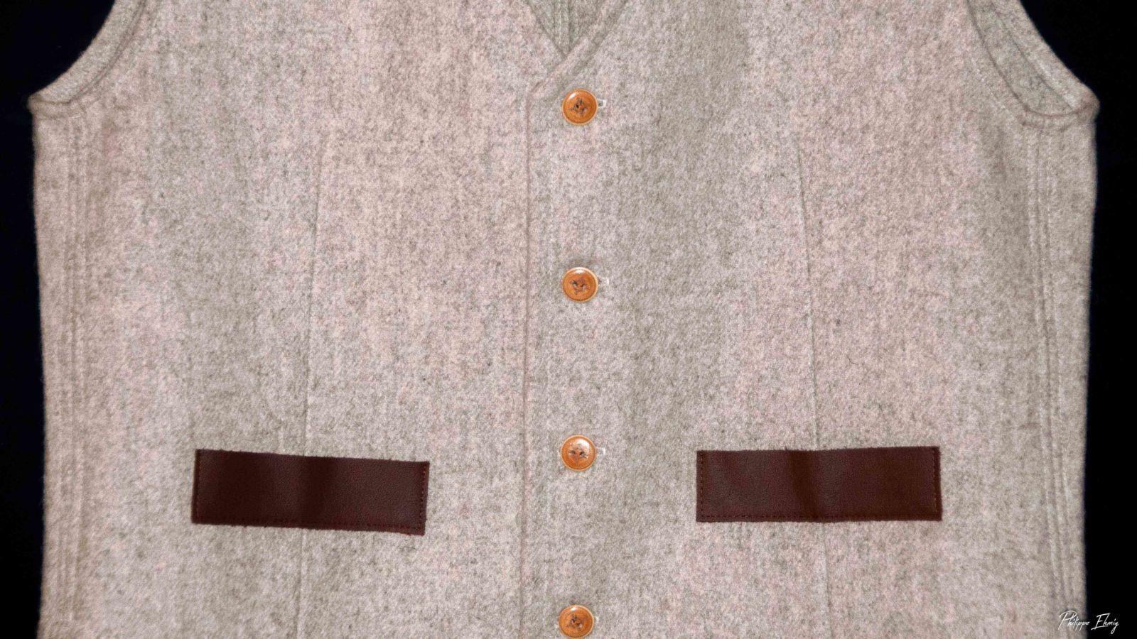 gilet sur mesure en laine, costume savoyard