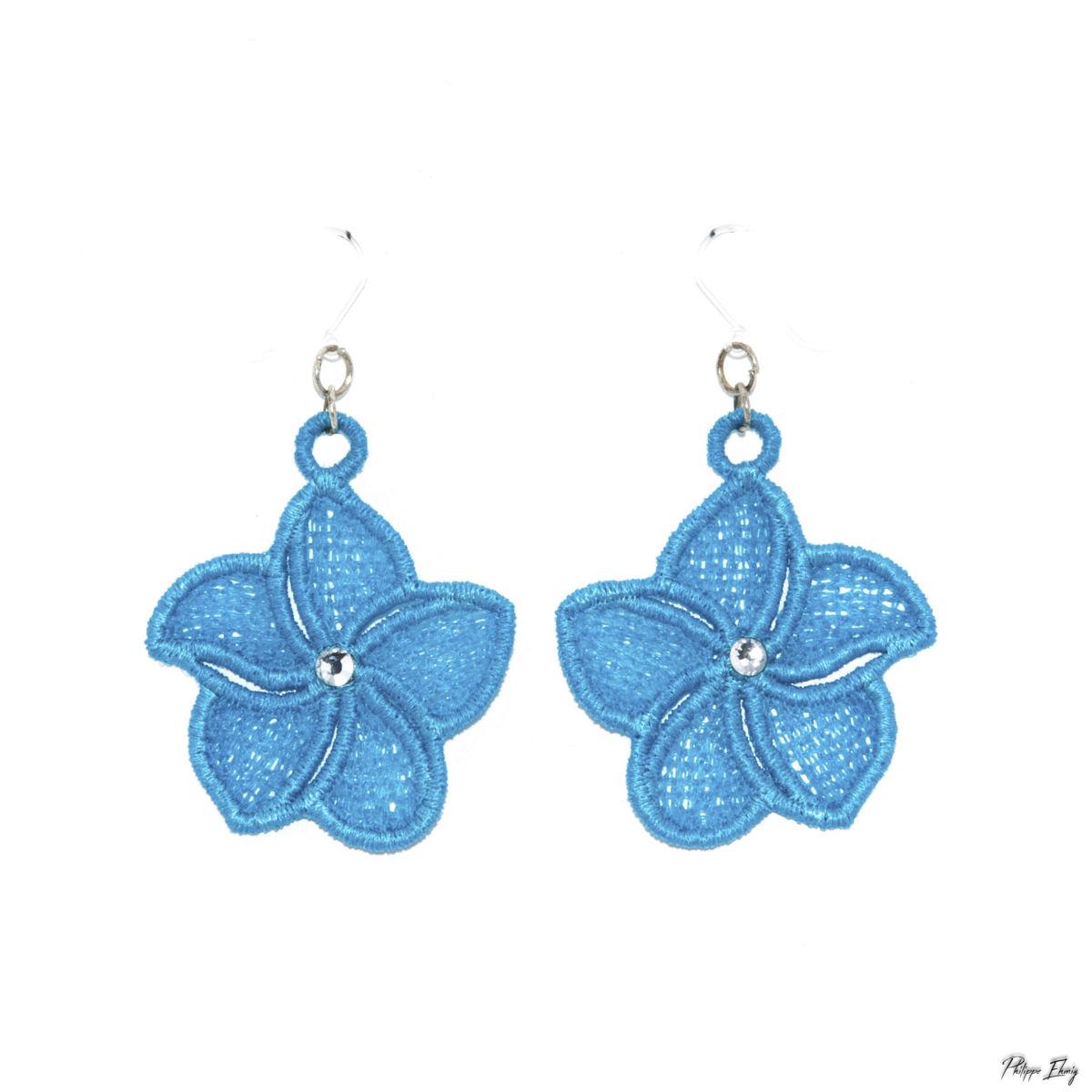 """Boucles d'oreilles """"Fleur de Frangipanier turquoise"""", bijoux fantaisie"""