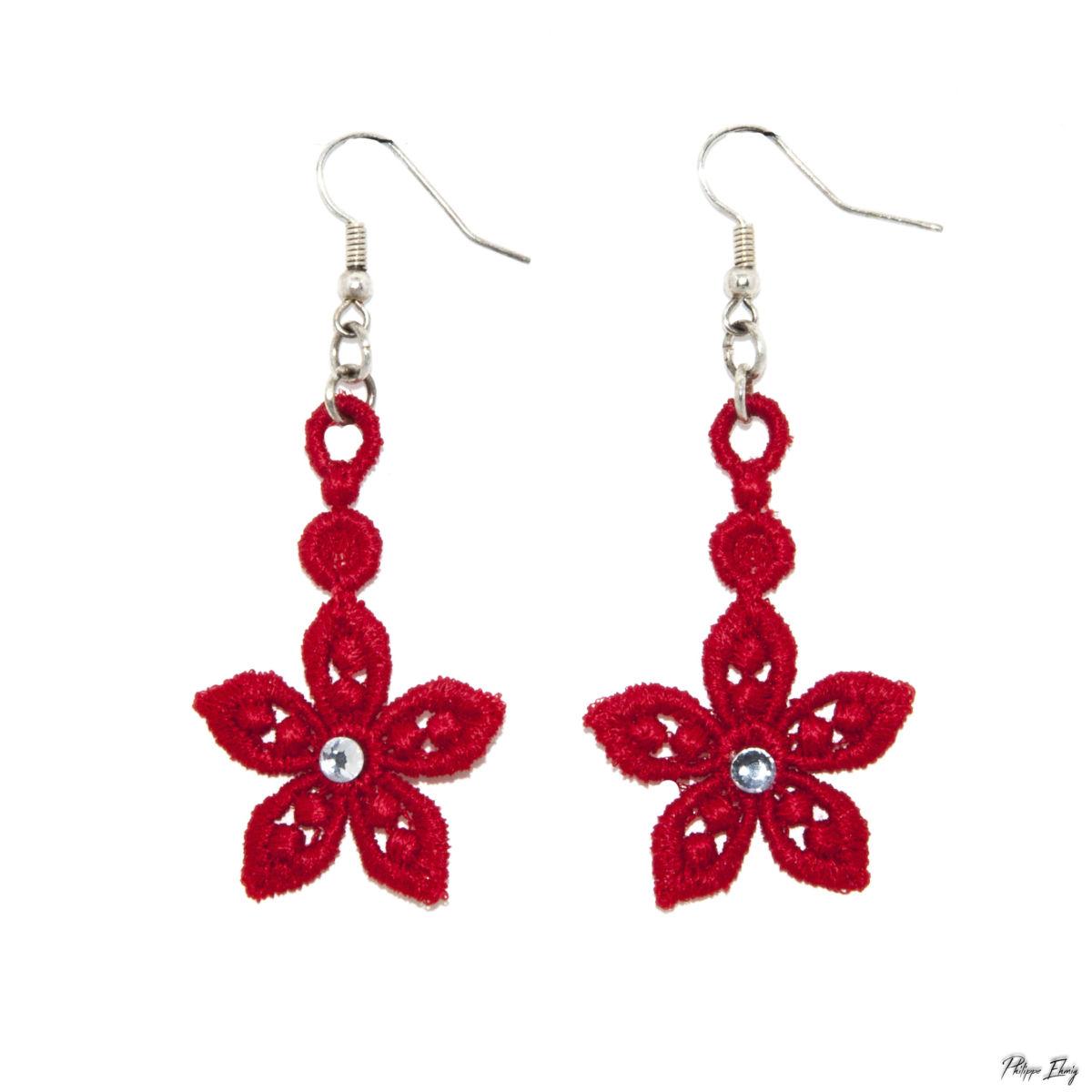 """Boucles d'oreilles """"Etoile rouge"""" , bijoux fantaisie"""