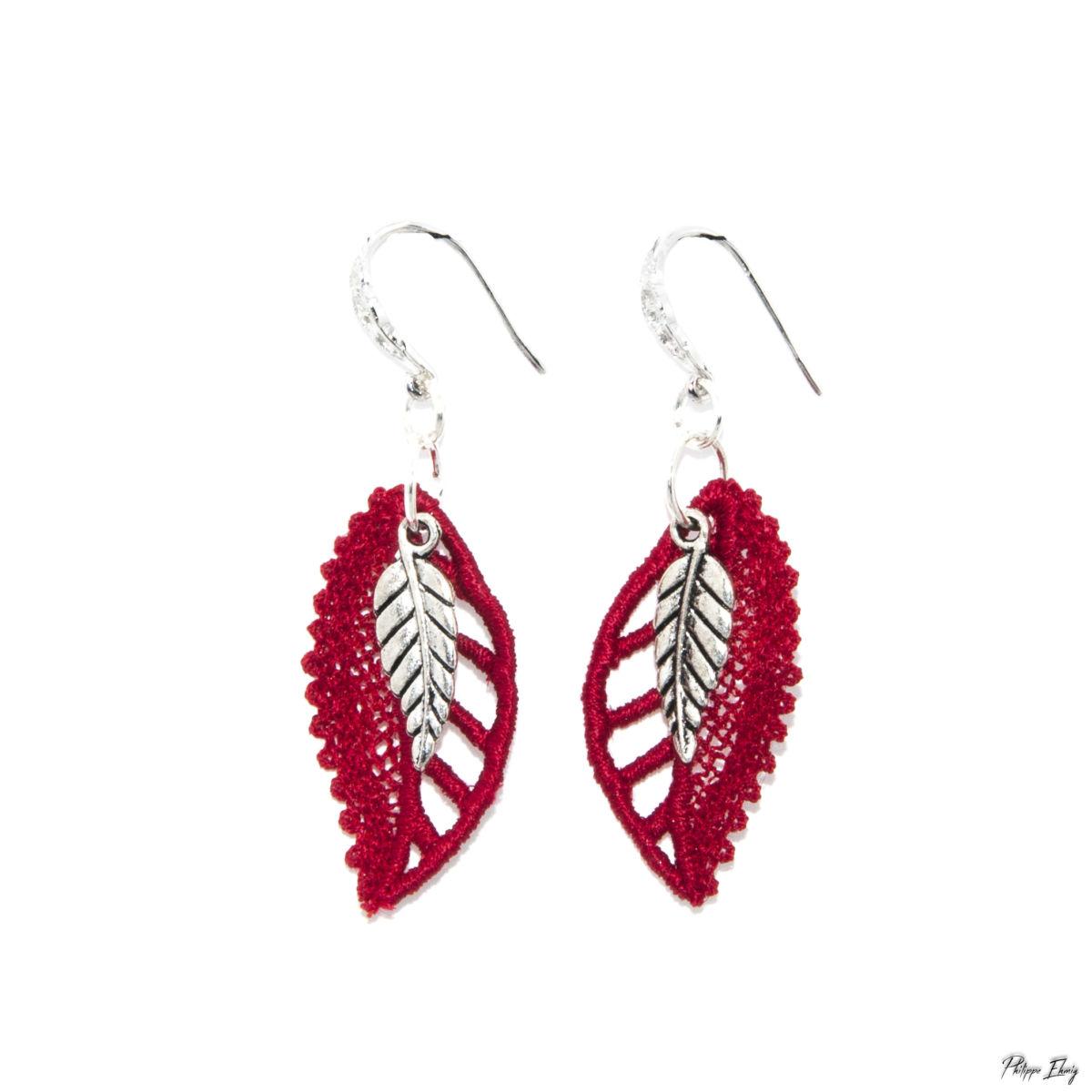"""Boucles d'oreilles """"Feuille Rouge"""", bijoux fantaisie"""