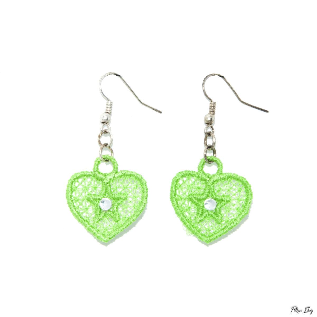 """Boucles d'oreilles """"Petit Cœur vert"""", bijoux fantaisie"""
