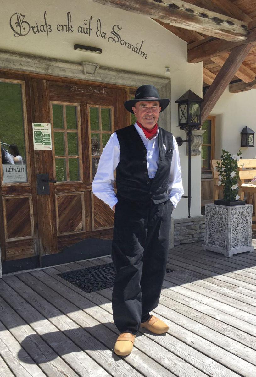 Pantalon savoyard, costume traditionnel homme